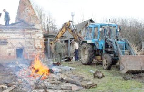 На открытии памятника Феофану Затворнику в Рязанской области не дождались Патриарха и федеральных руководителей 12(54)