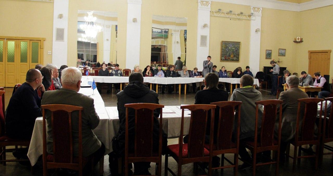 По данным на вечер 7 декабря в выборах в волгоградской области 4 декабря 2011 года приняло участие 52,02 % избирателей