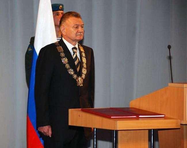 Из рязанского правительства пропали сделанные из золота должностные знаки губернатора In
